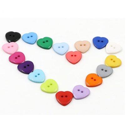 กระดุมหัวใจ ขนาด 15 มม. คละสี รวม 12 เม็ด ราคาแพ็คละ