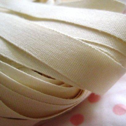 เทปผ้า cotton เนื้อละเอียด หน้ากว้าง 2.5 ซม. ราคา/หลา