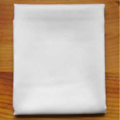 ผ้าซาติน สำหรับงาน torapunto ขนาด 1/8 เมตร (25*55 ซม.)