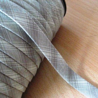 ผ้ากุ๊นสำเร็จรูป (ผ้า Country) ขนาด 1 cm. หลาละ