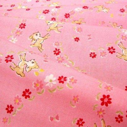 ผ้า cotton ของ A-TWO ลายกวางพื้นชมพู ขนาด 1/8 m.(25*55 ซม.)