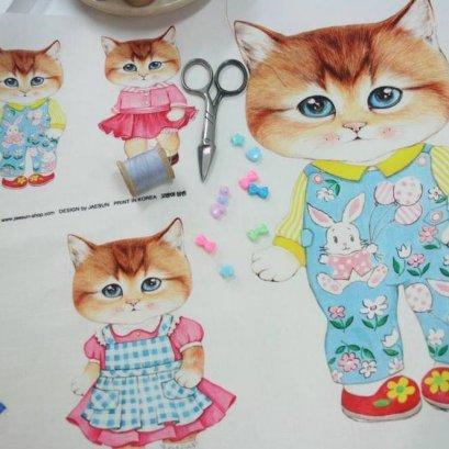 ผ้าฝ้ายผสมลินินเกาหลี รวมมิตรน้องแมว ขนาด 47 x 33 cm.