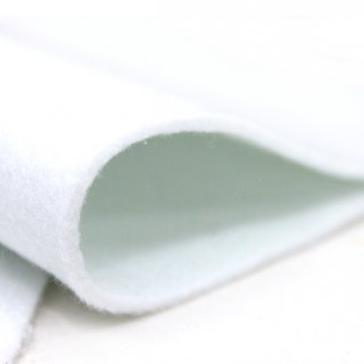 แผ่นใยสังเคราะห์อัดแผ่น ชนิดใยสปริง ขนาด 1/4 หลา 300 g. หนา 4 mm. (45 x 45 ซม.)