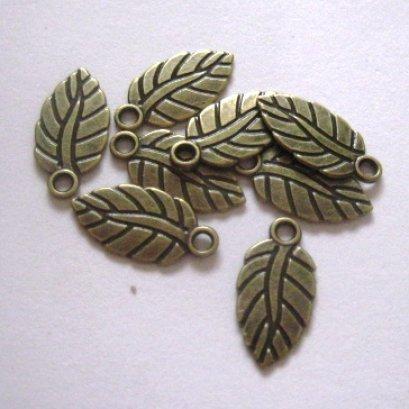 ตัวห้อยซิป ใบไม้ ขนาด 1.5 cm.