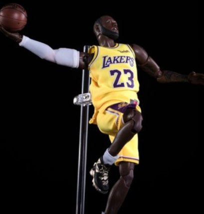 โมเดลนักบาส NBA Lebron James 1:9 Scale Collectible Figure
