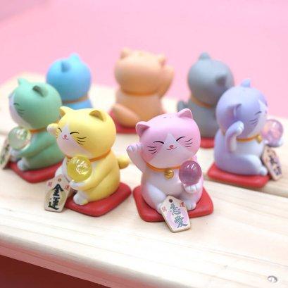 โมเดลแมวกวัก Colorful set 7 ตัว