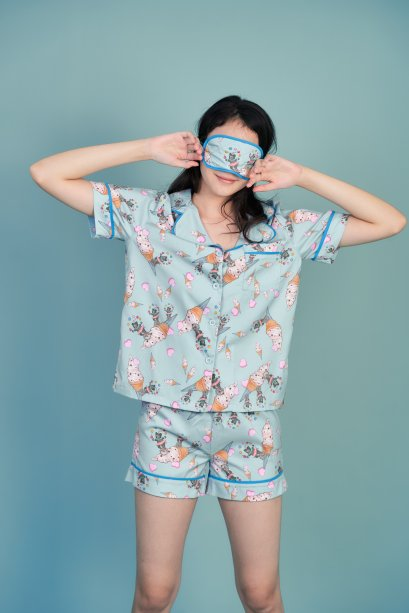 KYS051-BLU The Performer Print Silk Satin Pajamas Set with Sleeping Eye Mask
