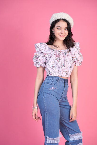 KYS066 - WISH UPON A STAR RUFFLE CROP TOP