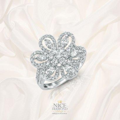 แหวนดอกไม้ล้อมเพชร แหวนเพชรหน้ากว้าง KD2446
