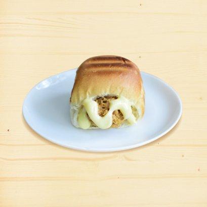 ขนมปังปิ้ง ไส้หมูหยองมายองชีส