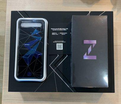 Samsung Galaxy Z Flip 8/256GB x Sirivannavari Purple