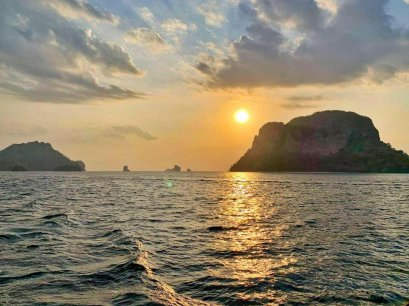 7 Islands Sunset Tour by Longtail Boat