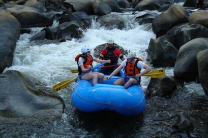 1 Day White Water Rafting 10 km. (8 Adventures)
