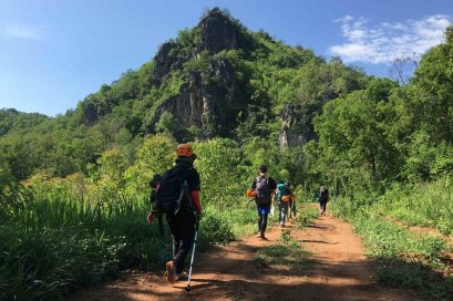 Mae On Trekking and Caving Adventure