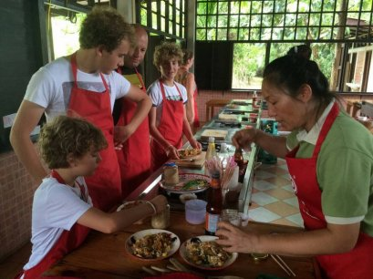 โรงเรียนสอนทำอาหารไทยฟาร์มคุ้กกิ้งสคูล Thai Farm (ฟาร์มออร์กานิค)