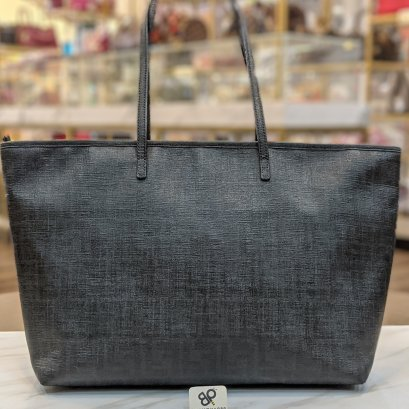 Used -​ Fendi Neverfull Size​ : 35