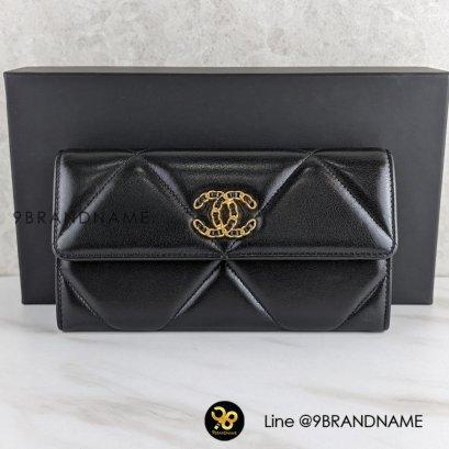 NEW  CHANEL  Chanel 19 flap wallet Lambskin Black
