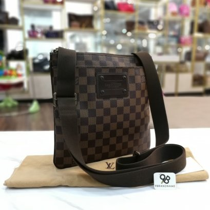 Used - Louis​ Vuitton​ Pochette​ Plate Brooklyn Damier Ebene Canvas