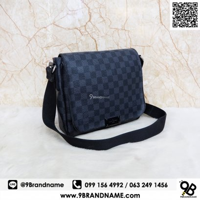 Louis Vuitton  district Damier graphite  Size PM N41260
