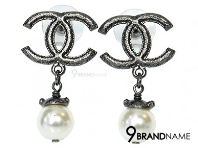 Chanel Earring CC With Pearl