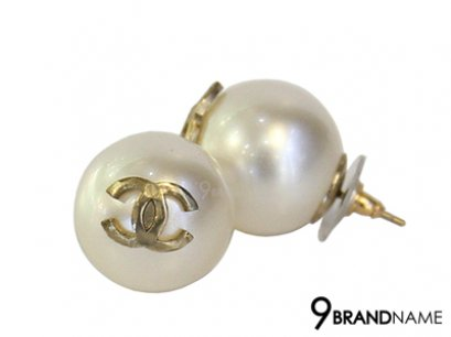 Chanel Large Faux Pearl 20mm Button Earrings Gold Tone CC