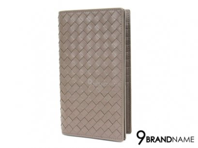 Bottega Veneta Wallet Long Calf Gray 18 Crad -  Authentic Bag กระเป๋าตังค์ โบเตก้าใบยาว 2พับ สีเทาอ่อน ใส่การ์ดได้ 18 ใบ ใช้งานสะดวก หนังแท้สาน เอกลักษณ์ของแบรนด์