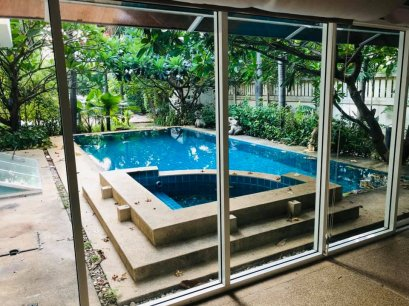 For Rent the Single house in Sukhumvit soi 31 Phromphong area