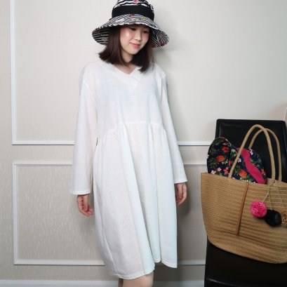 Leska Japanese Dress (White)