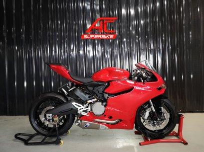 DUCATI Panigale 899 สีแดง ปี15