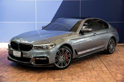 BMW 530e M