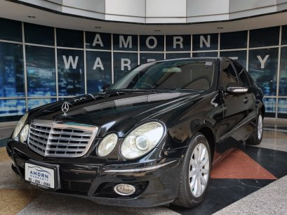 Mercedes BENZ E200kom