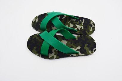 CROSS - blackOut พื้นทหารเขียว/หูเขียว