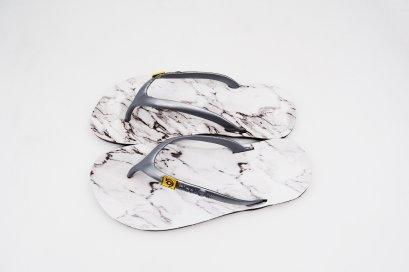 FLIPPER - blackOut พื้นหินอ่อน/หูเทา