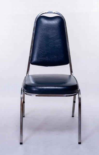 เช่าเก้าอี้บุนวมทรงเอ