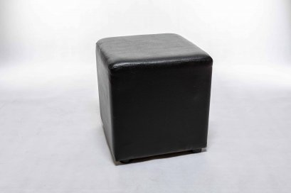 เช่าเก้าอี้ลูกเต๋าสีดำ