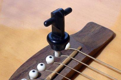 Snapz Acoustic Bridge Pin Puller