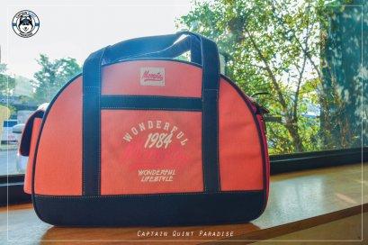 กระเป๋าพกพาสำหรับสัตว์เลี้ยงพันธุ์เล็ก