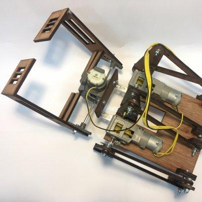 ชุดคิตหุ่นยนต์ 6 ขา Crop-Bot (ไม่รวมรีโมต)