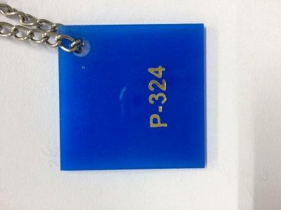 แผ่นอะคริลิคสีฟ้า หนา 3 mm. ขนาด 30x30 ซม.