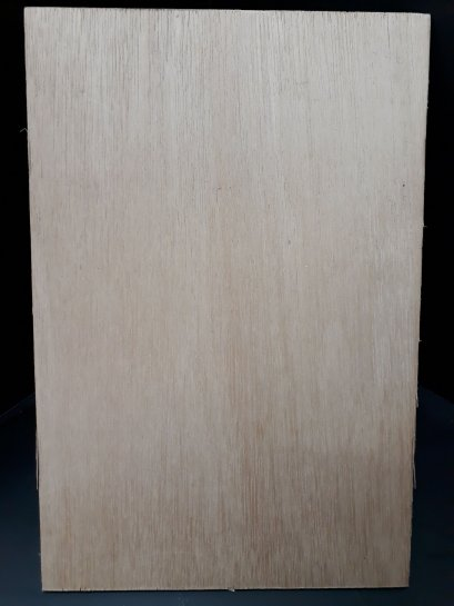 ไม้อัดยาง น้ำหนักเบา หนา 5mm ขนาด 20x30 cm
