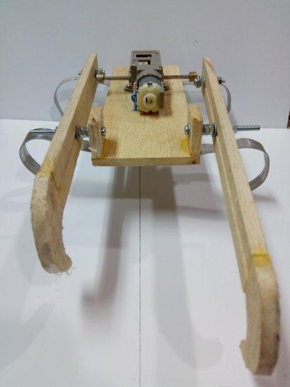 ชุดคิตหุ่นยนต์ปีนบันได(ไม้)