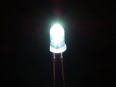 LED 5mm. White Round Super Bright