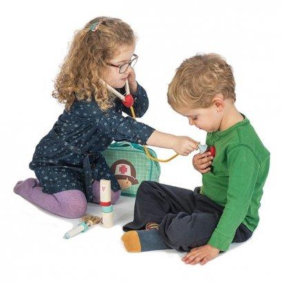ของเล่นไม้ Medical Set - Tender leaf toys