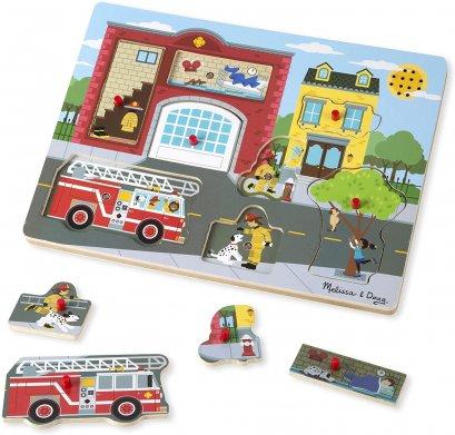 [มีเสียง] รุ่น 736 พัซเซิลรุ่นสถานีดับเพลิงมีเสียง Melissa & Doug Sound Puzzle Around the Fire Station 8 Pcs ไม่มียี่ห้ออื่น รีวิวดีใน Amazon USA จับถนัดมือ ของเล่นเด็ก