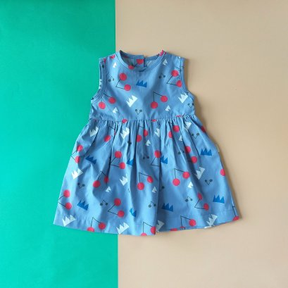BLUE CHERRY BUTTONS BACK DRESS / 100% PRINTED COTTON