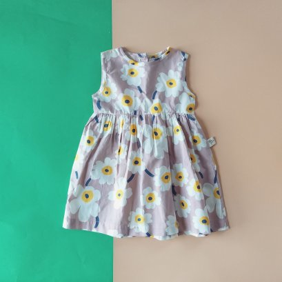 FLOWER BUTTONS BACK DRESS / 100% PRINTED COTTON