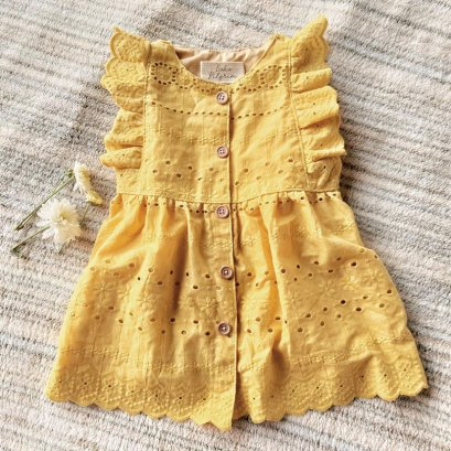 SAMPLE MADE FROM MUSTARD MUSLIN LACE
