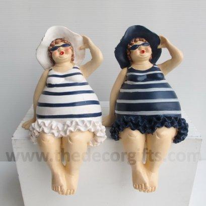 ตุ๊กตาเรซิ่น สาวอ้วนชุดริ้วนั่งห้อยขา (2 ตัว) แนวทะเล