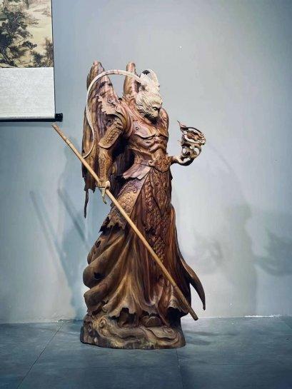 เทพเจ้าเห้งเจีย ปางสมาธิ ไม้หอมการบูร 143 cm.