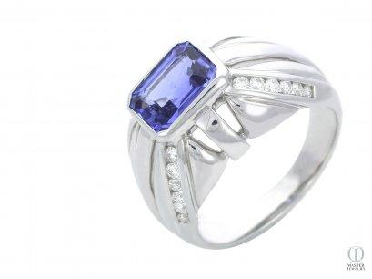 แหวนไพลิน BLUE SAPPHIRE RING